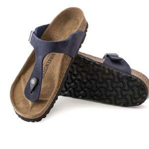 Birkenstock gizeh navy color sandals